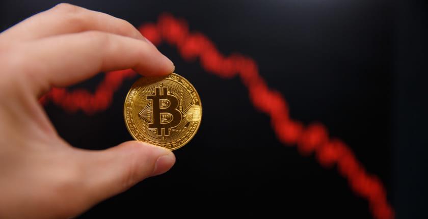 ビットコイン急落、一時80万円割れ。5月13日以来