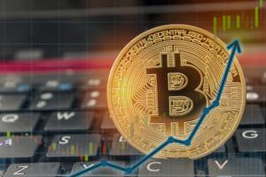 ビットコイン価格、一時6,900ドル超え-2日で15%上昇
