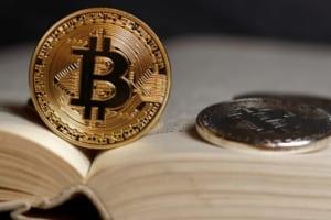 AP通信用語集にcryptocurrency(仮想通貨)」が追加。「犯罪の手段にも好まれる」と解説