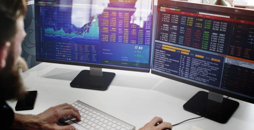 ロイターとブルームバーグ、仮想通貨インデックスを金融情報端末に追加