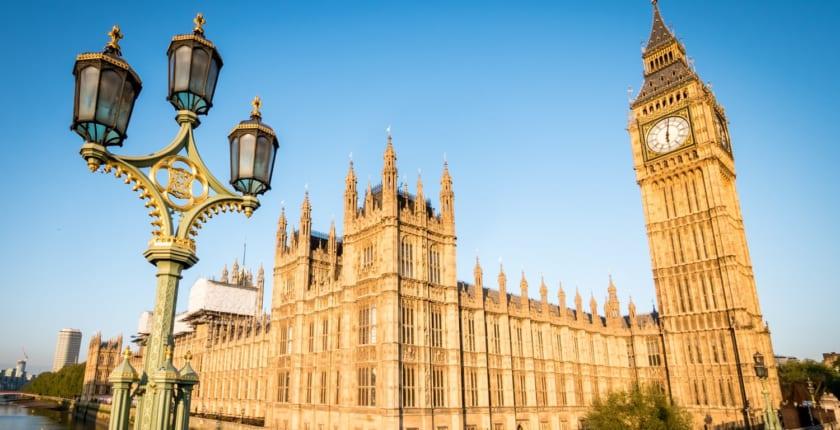 英下院委員会、  Facebookリブラの徹底調査に乗り出すか