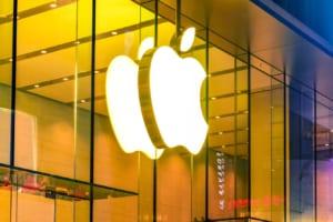 アップル幹部、仮想通貨は「長期的な可能性を秘めている」:報道