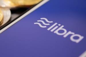 Facebook「リブラ」支援企業、二の足を踏む:報道