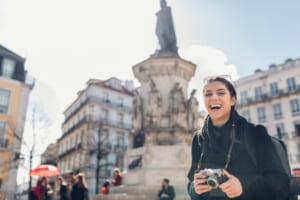 仮想通貨で旅行予約、230ヵ国以上で可能に──Booking.comがTravalaと提携