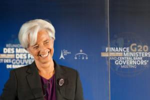 フェイスブック「不当に有利」な可能性:ラガルドECB総裁