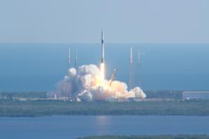 なぜビットコイン・ノードを宇宙空間に置くのか?──時速2万8000キロで地球を周回中