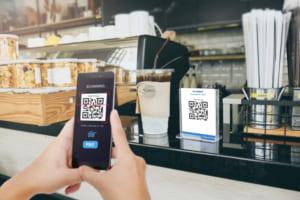 PayPay、楽天ペイ、au PAY、d払い……QRコード決済の利用頻度・満足度に大差なし