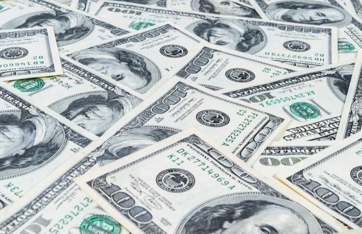 ビットコイン、5000ドル割れ──結局、現金が安全資産なのか