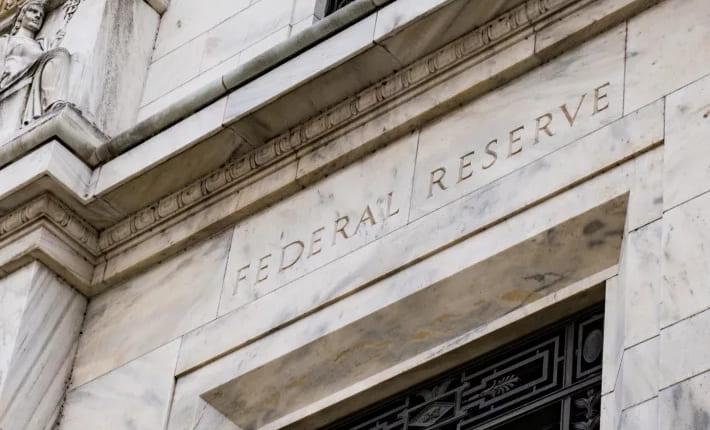 ビットコイン、再び5000ドル割れ——FRB利下げも下落軌道