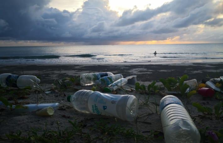 プラスチックリサイクルの価値が上がる──気候変動にブロックチェーンは有効か