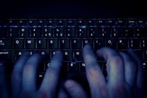 コロナ拡大のなか、大規模監視はプライバシーへの脅威となる