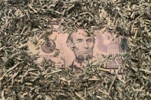 FRB、汚染されたドル紙幣を破砕する準備【新型コロナウイルス】