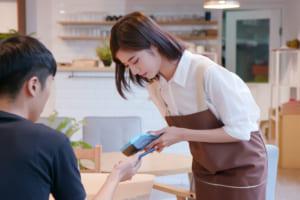 「キャッシュレス決済」導入する中小向け低利融資──日本政策金融公庫