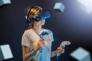 新型コロナでAR・VR機器の国際出荷量が2割減、長期では需要は拡大する見込み【IDC調査】