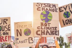 気候変動が変える巨大金融機関の金の流れ──変わるか、ビットコインのダークサイド
