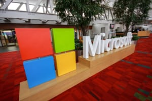 オフィス機器、重機をトークン化する──マイクロソフトがロシアのブロックチェーン企業と提携