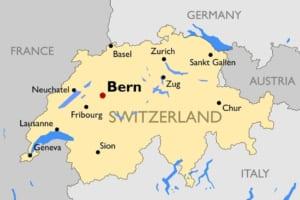 なぜツークにブロックチェーン企業が集まったのか?EUではない欧州・スイスで起業する魅力とは──スイス大使館イベントレポート