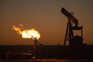 北欧最大のエネルギー企業、ビットコインマイニングで油田の余剰ガス削減