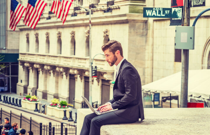 アメリカ人がビットコインを持つ理由──FRBが消費者支払い動向を調査