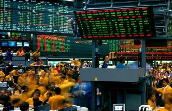 米国債利回り低下でビットコイン先物に資金流入か:市場関係者