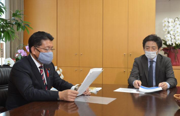 平井デジタル相に「ブロックチェーンを国家戦略に」と直接要望、JBA加納代表理事