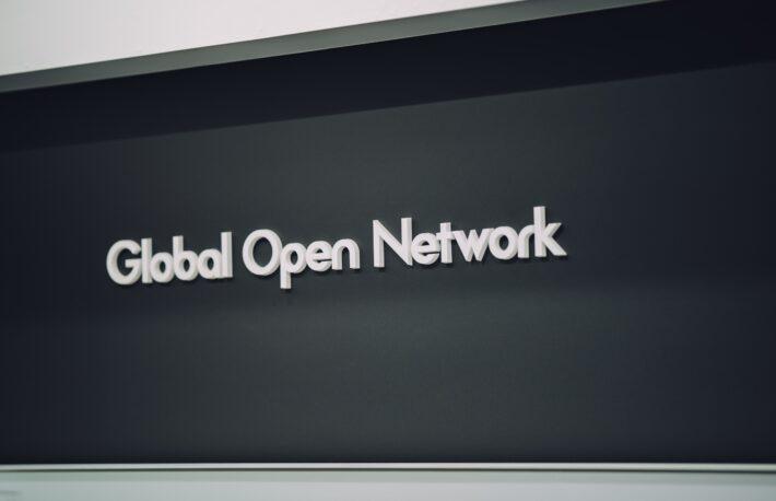 三菱UFJのGO-NET:超高速決済、自販機でクレカ「タッチ決済」を21年7月に開始