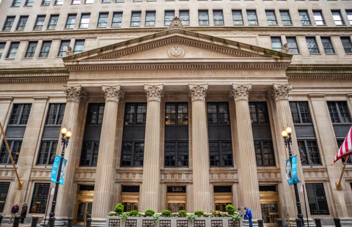 ビットコインに乗り出す世界の銀行──2021年、動きはさらに活発化