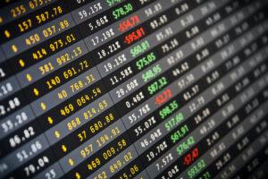 米S&P、暗号資産インデックスを開始──ブルームバーグ、ナスダックとの競争激化
