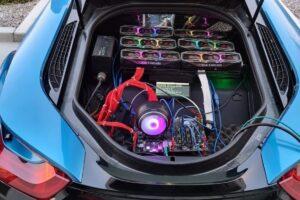 BMWのスポーツカー、トランクにはマイニング機器──暗号資産ユーザーの風変りな日常