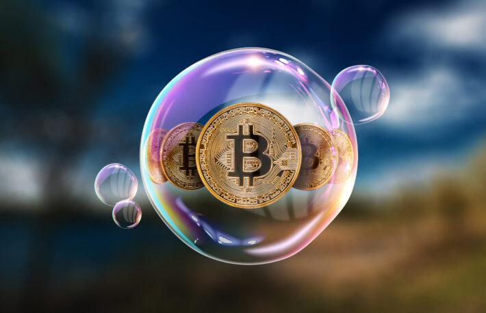 """ビットコインとテスラ株は最大の""""バブル""""、投資家の半数が回答:ドイツ銀調査"""
