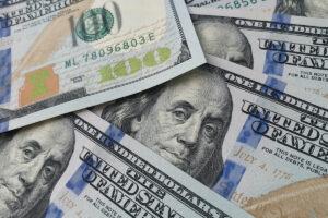 デジタルドルはインフレを加速させるか?──専門家はこう考える