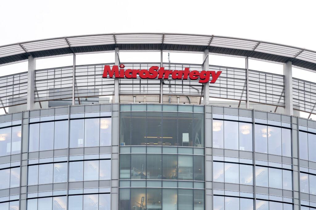 米マイクロストラテジー、10億ドルでビットコインを追加購入