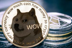 ドージコイン、誕生から5度の価格急騰──8年の歴史に値動きの特徴を探る