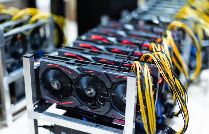 エヌビディア、半導体チップのマイニング効率を制限──専用製品も発表