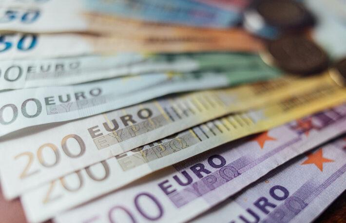 ビットコイン、為替相場を動かすか──テスラ報道後の値動きを分析