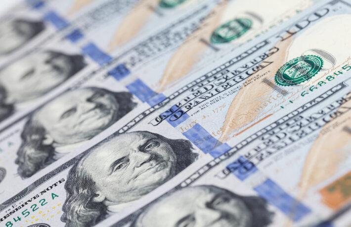 ビットコインと100ドル紙幣が似ていると言われる理由