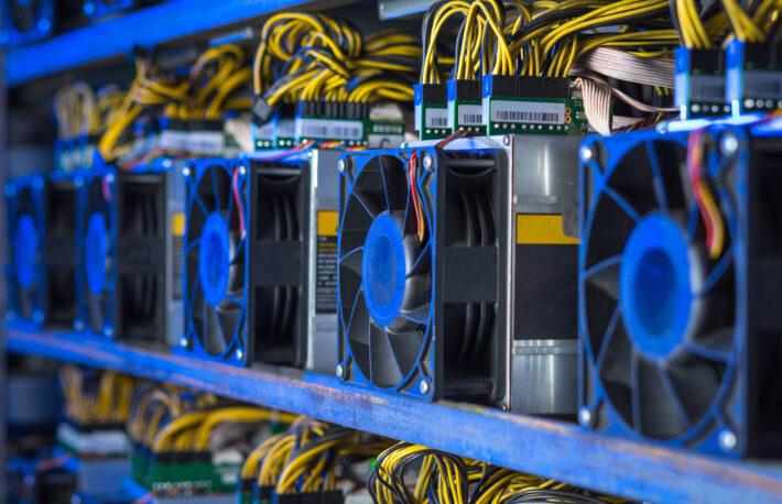 AMD、半導体チップのマイニング使用制限はしない──エヌビディアとは対照的:報道