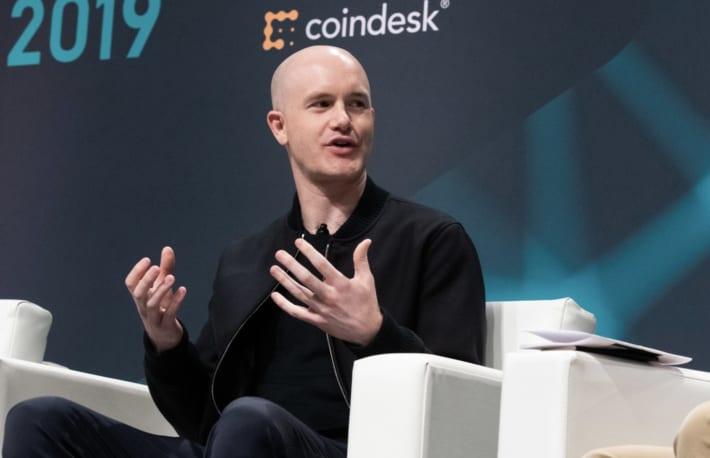 コインベース、5億ドルの暗号資産購入を計画──自社資産の拡大を強化