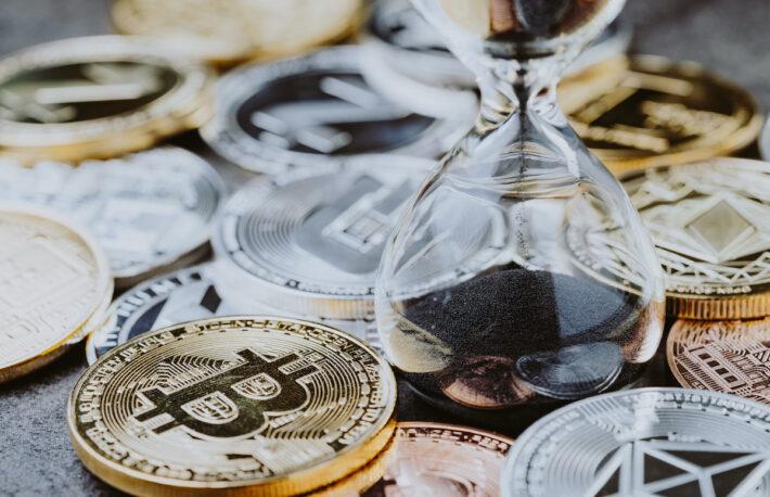 """ビットコインの""""ロング""""は極めて多い取引:米バンカメ調査"""