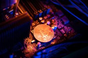 1兆ドルに膨れたビットコインのルールを決めるのは誰か?