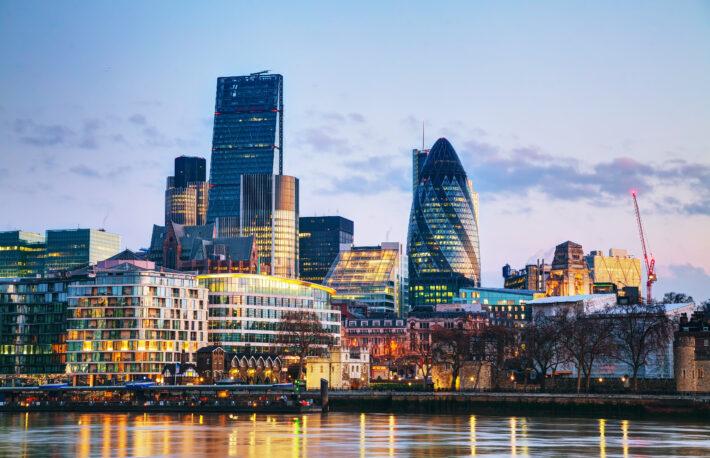 ビットコイン投資信託、イギリスの取引所で取引開始へ──機関投資家需要を狙うスイス企業