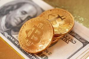 高まるインフレ率、ビットコインの買い時か?